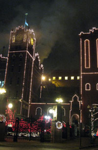 Anheuser-Busch brewery in St. Louis, decorated for Christmas